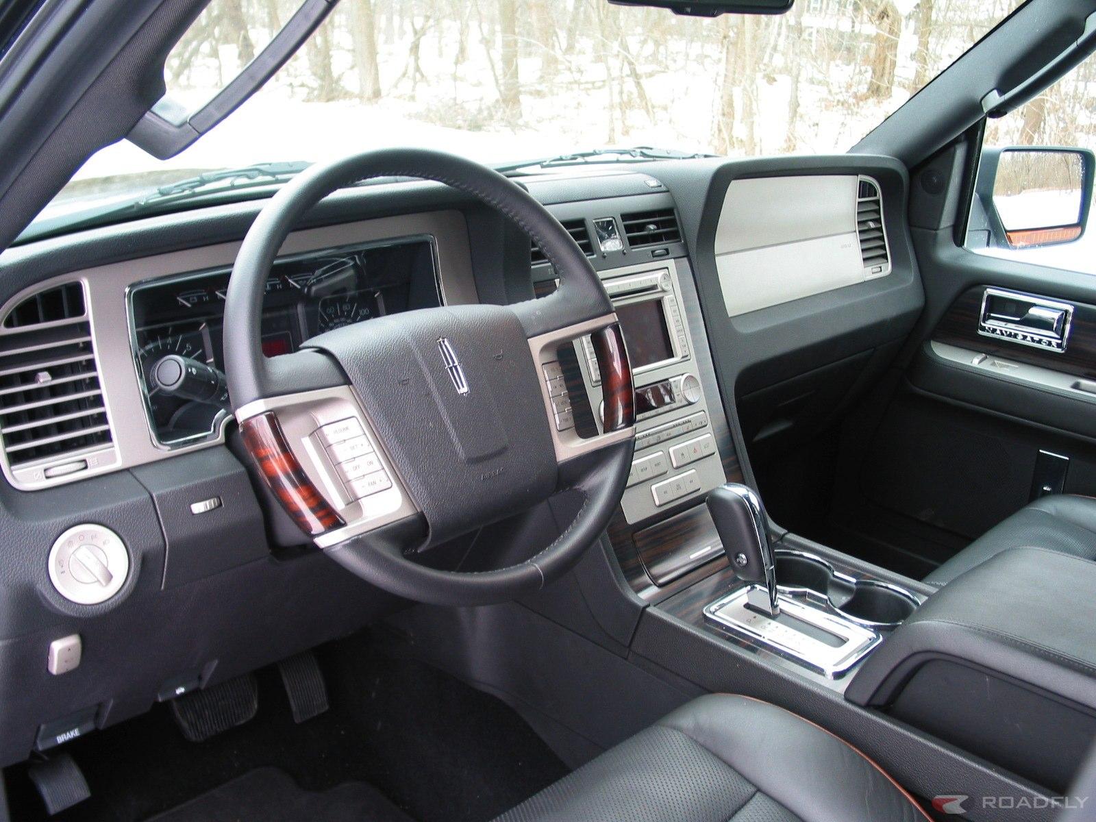 Lincoln Navigator I 1997 - 2003 SUV 5 door #6