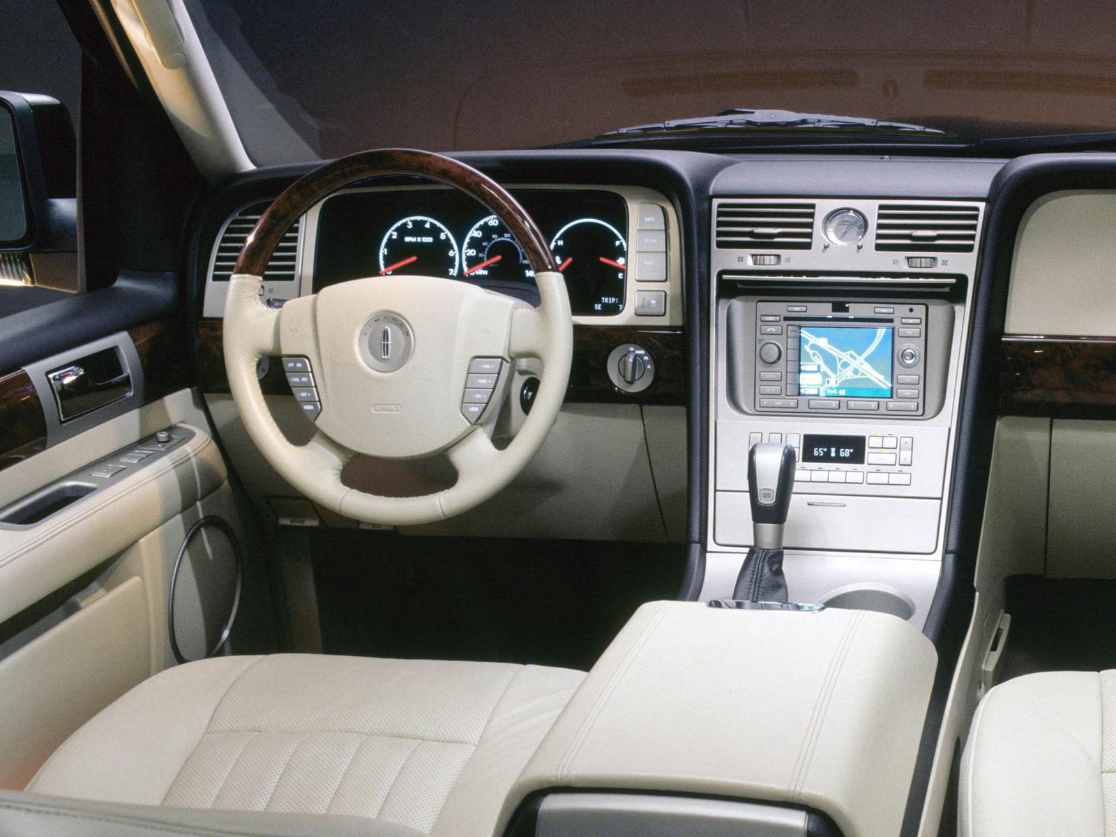 Lincoln Navigator I 1997 - 2003 SUV 5 door #4