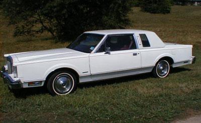 Lincoln Town Car I 1980 - 1989 Sedan #6