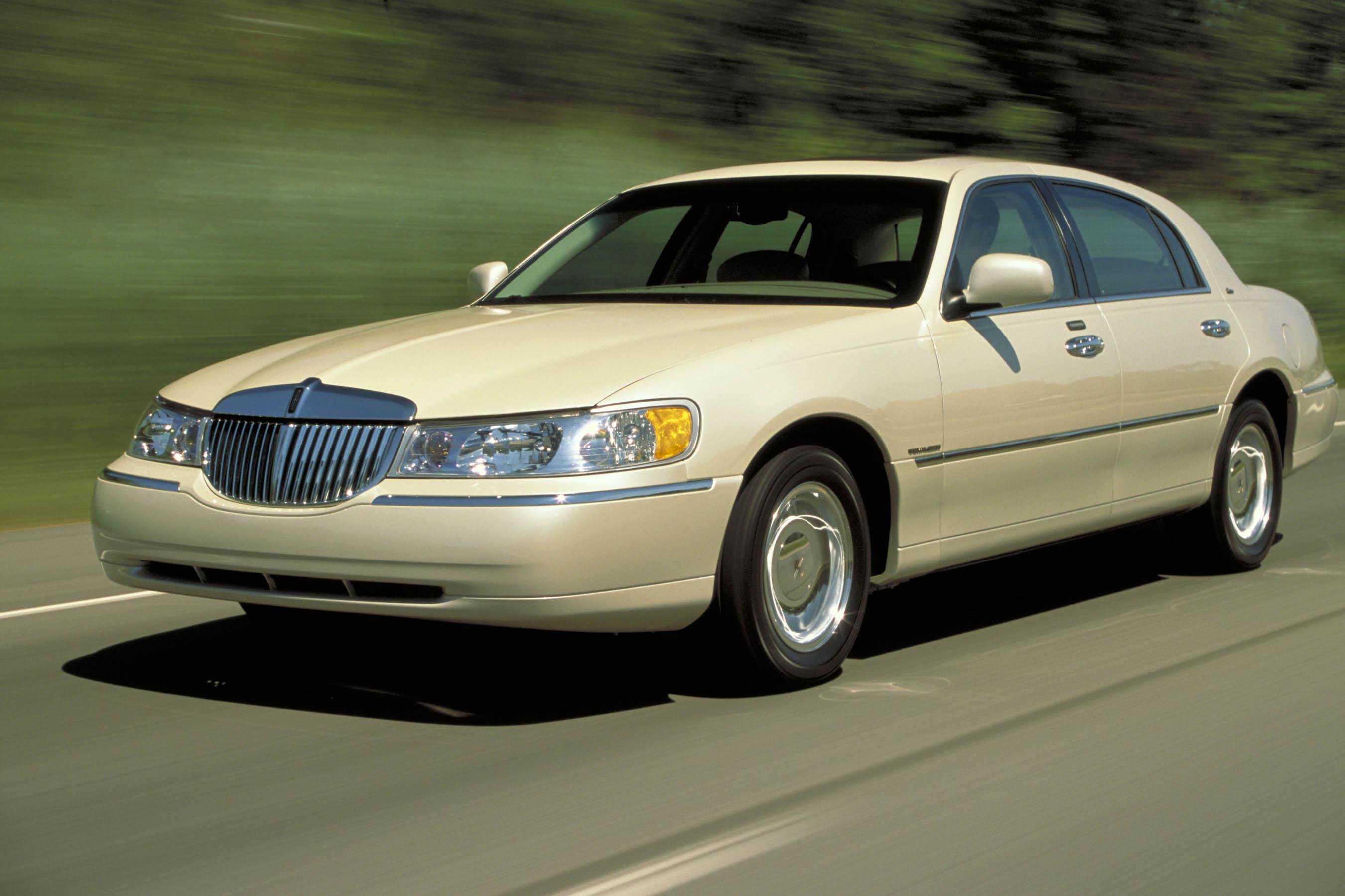 Lincoln Town Car III 1997 - 2003 Sedan #1