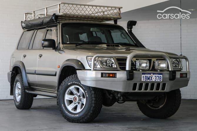 Mahindra Commander 1990 - 2013 SUV 5 door #3