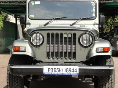 Mahindra MM 1990 - 2000 Pickup #2