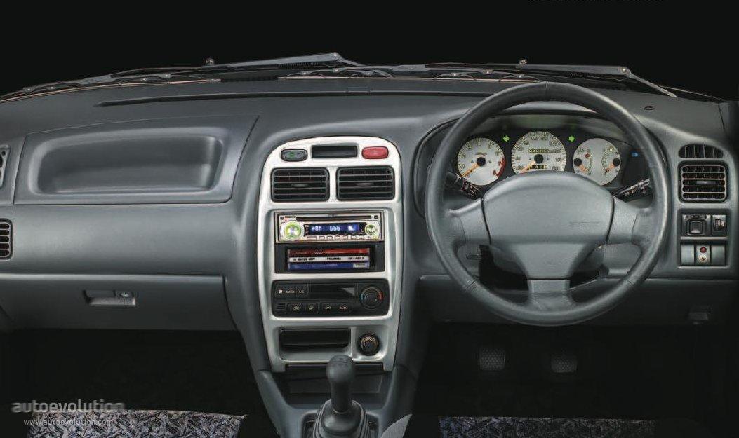 Maruti Baleno 1999 - 2007 Station wagon 5 door #7
