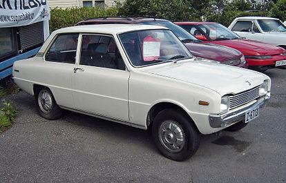 Mazda 1000 1967 - 1977 Sedan #2