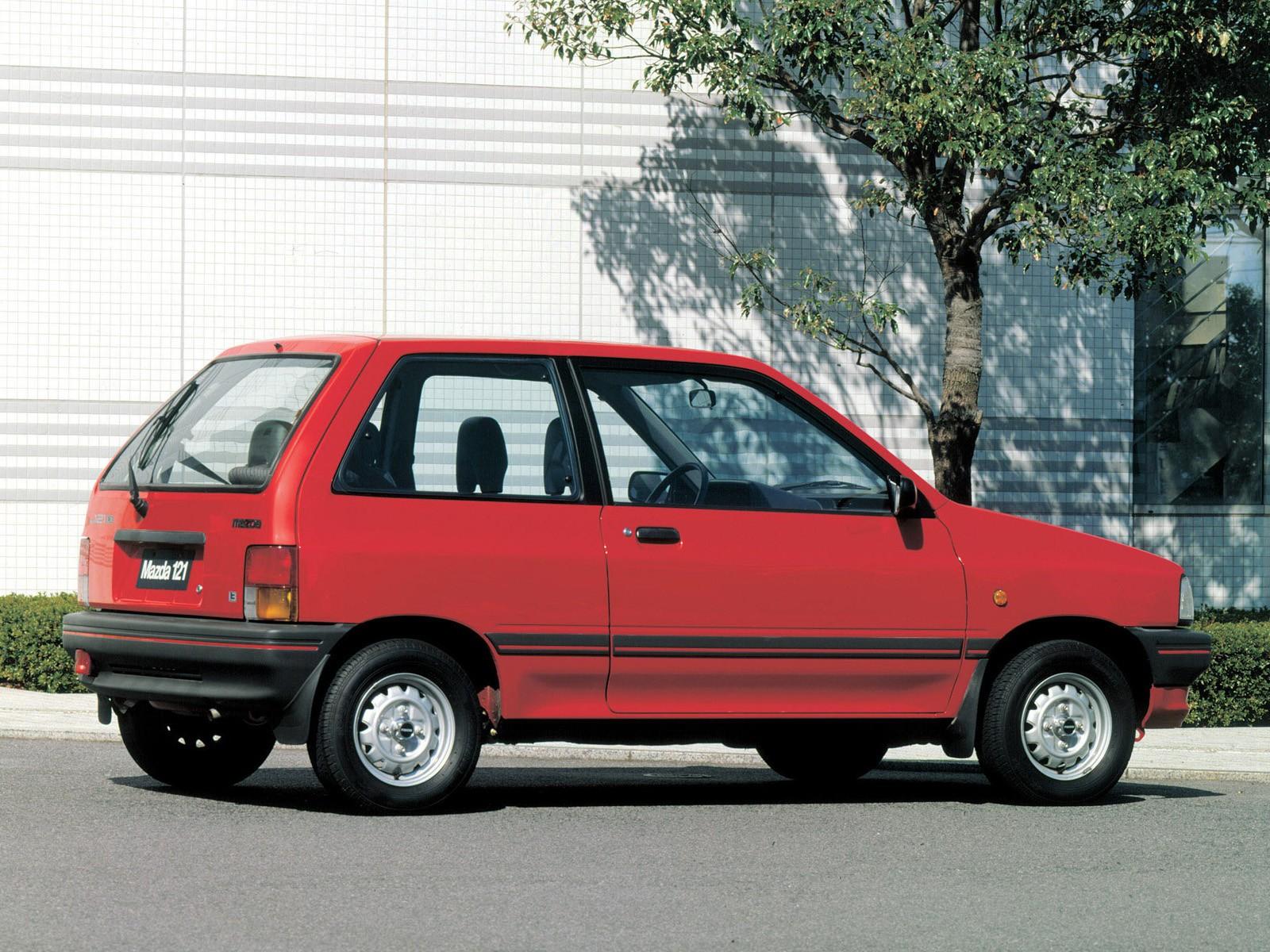 Mazda 121 I 1987 - 1991 Hatchback 3 door #4