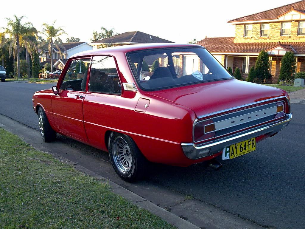 Mazda 1300 1975 - 1977 Sedan #4
