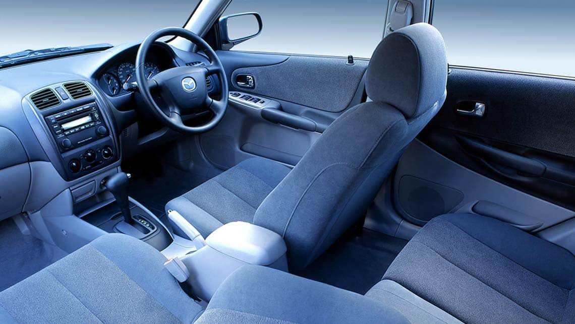 Mazda 323 VI (BJ) Restyling 2000 - 2003 Hatchback 5 door #8