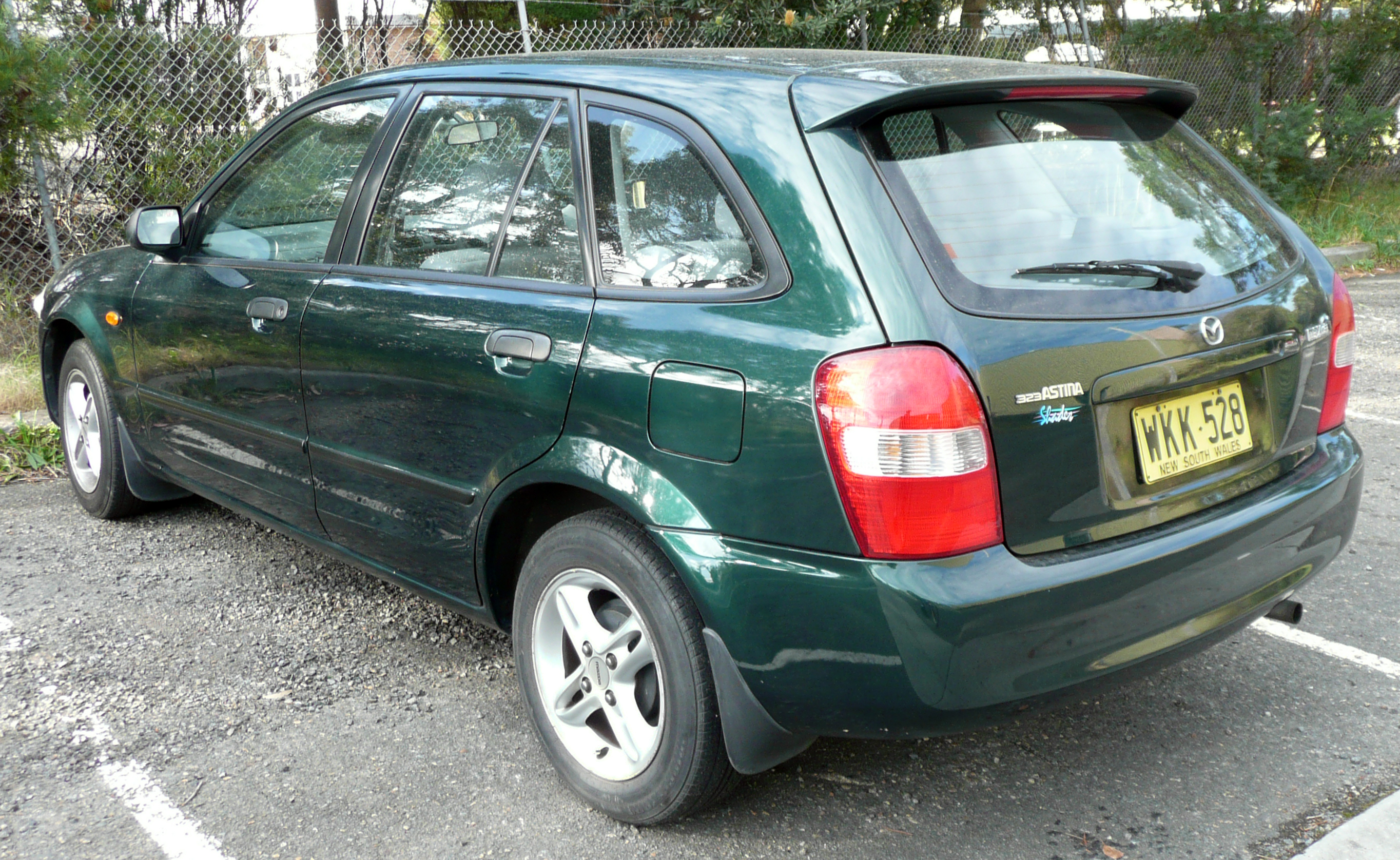 Mazda 323 VI (BJ) Restyling 2000 - 2003 Hatchback 5 door #5