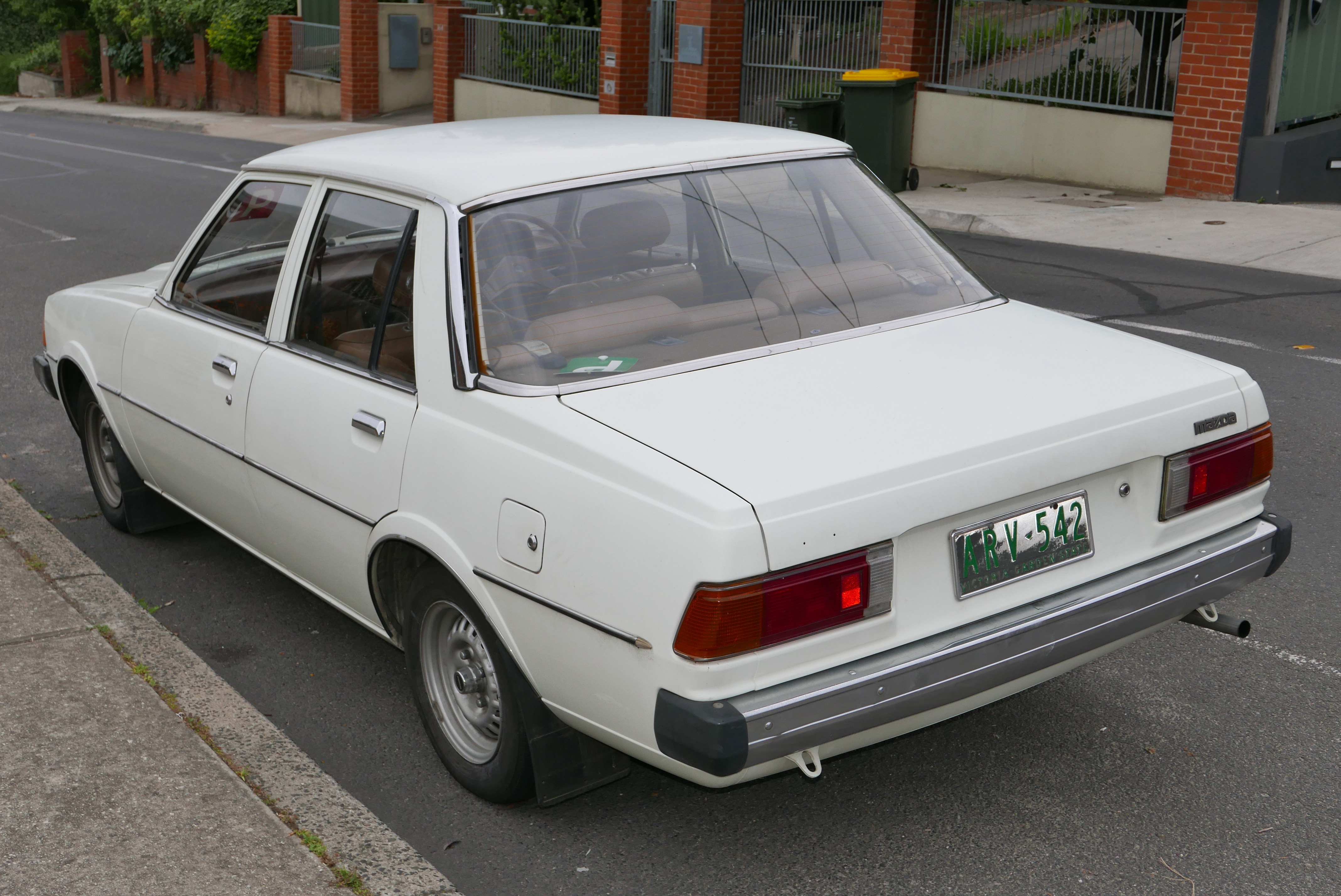 Mazda 626 I (CB) 1978 - 1982 Sedan #6