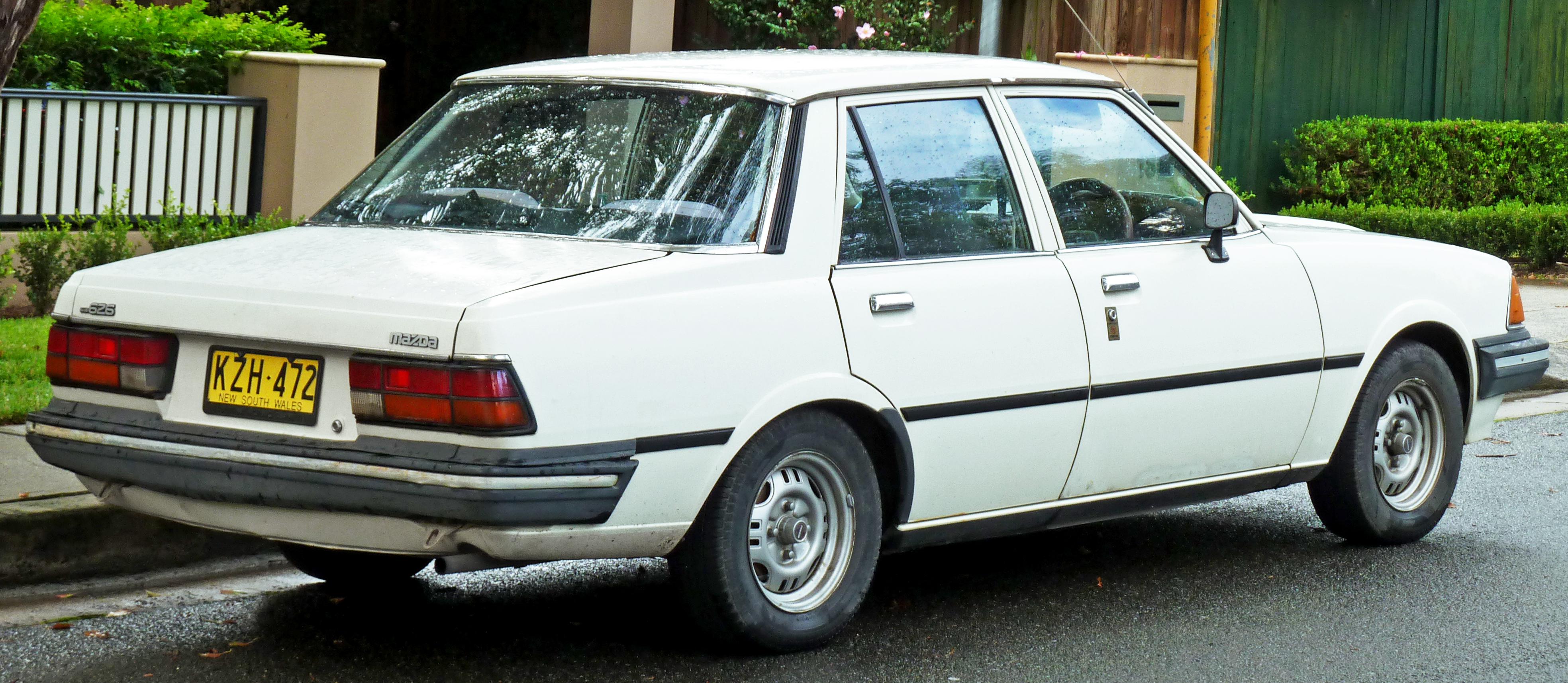 Mazda 626 I (CB) 1978 - 1982 Sedan #4