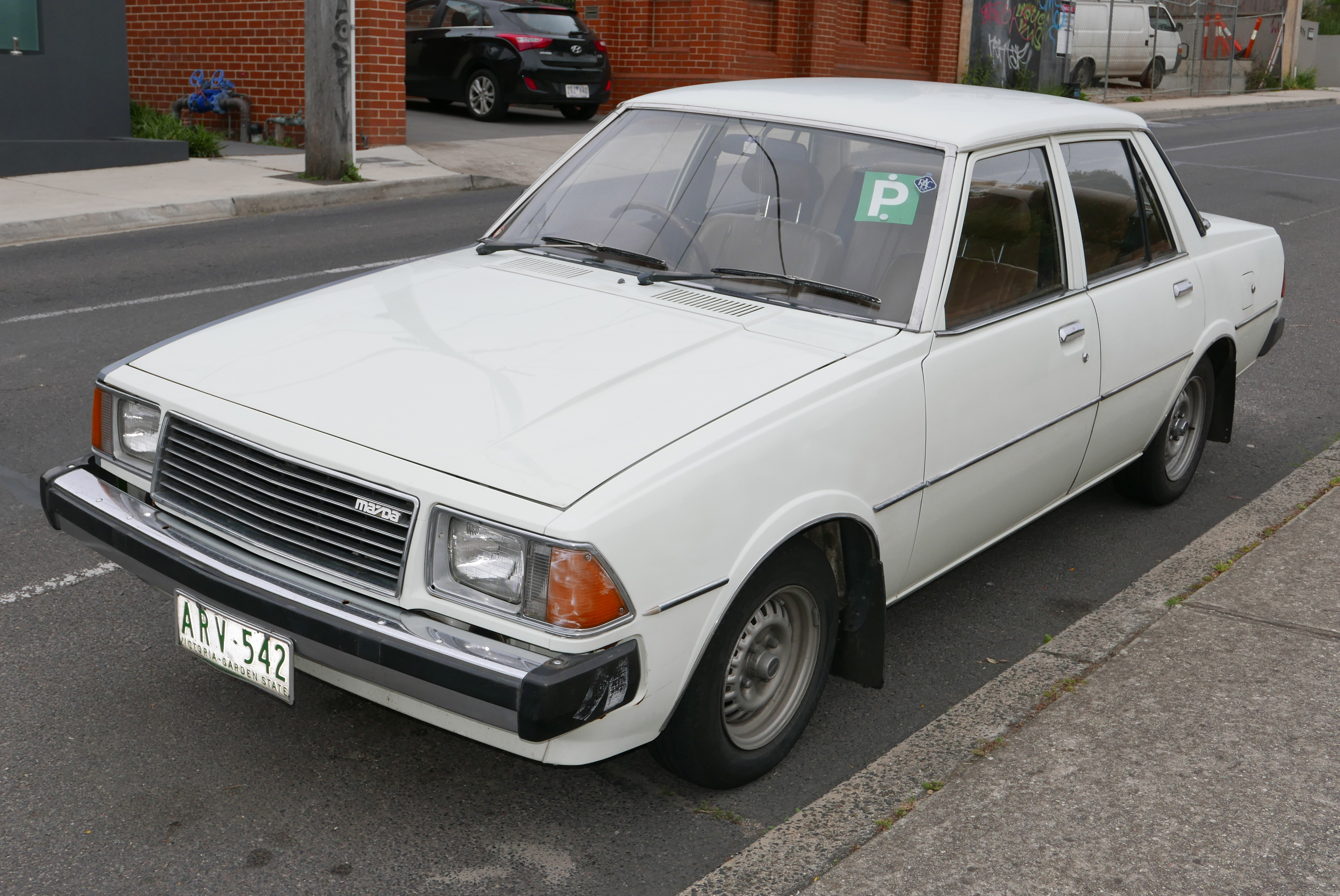 Mazda 626 I (CB) 1978 - 1982 Sedan #8