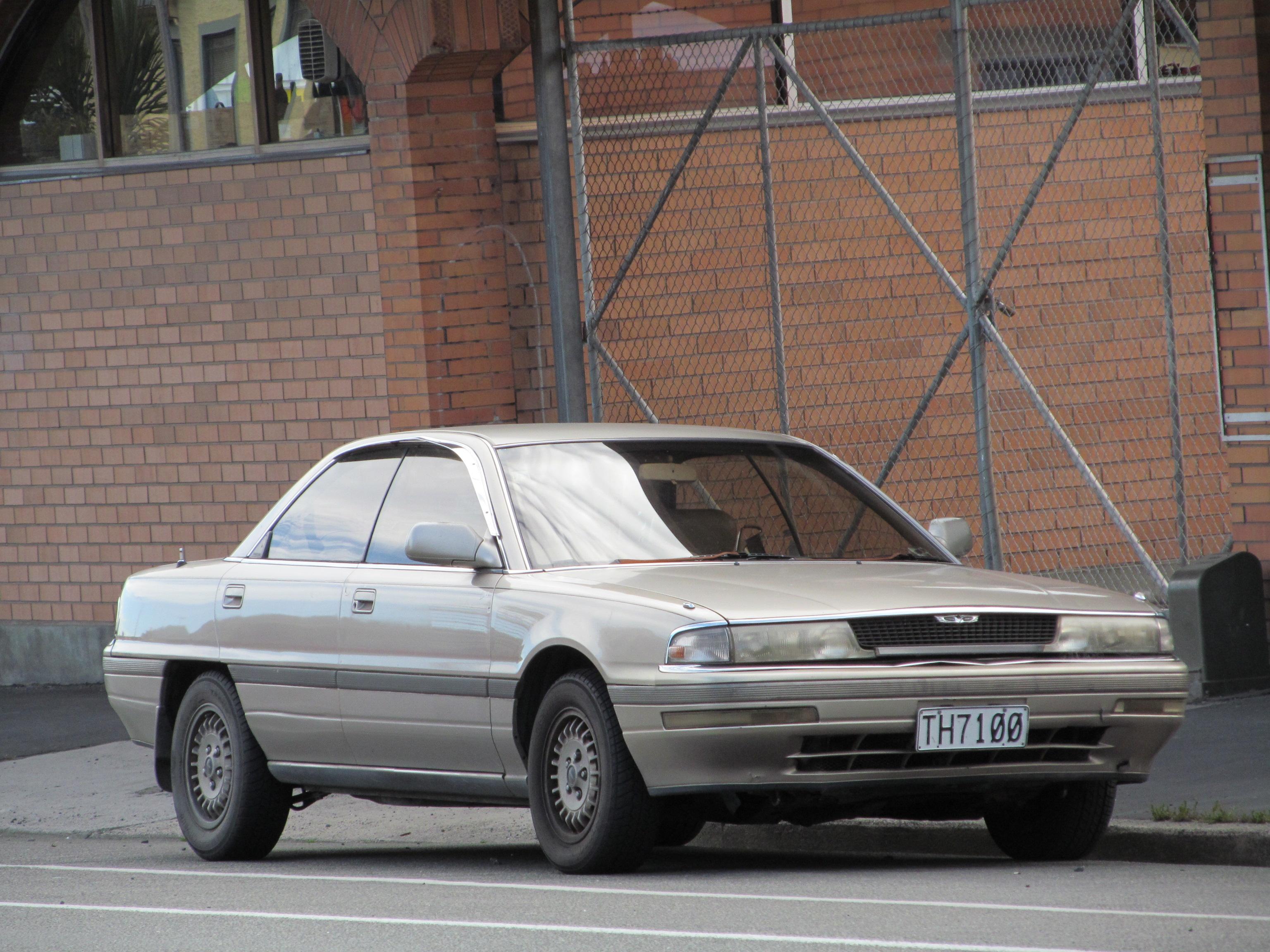 Mazda Persona 1988 - 1992 Sedan #5