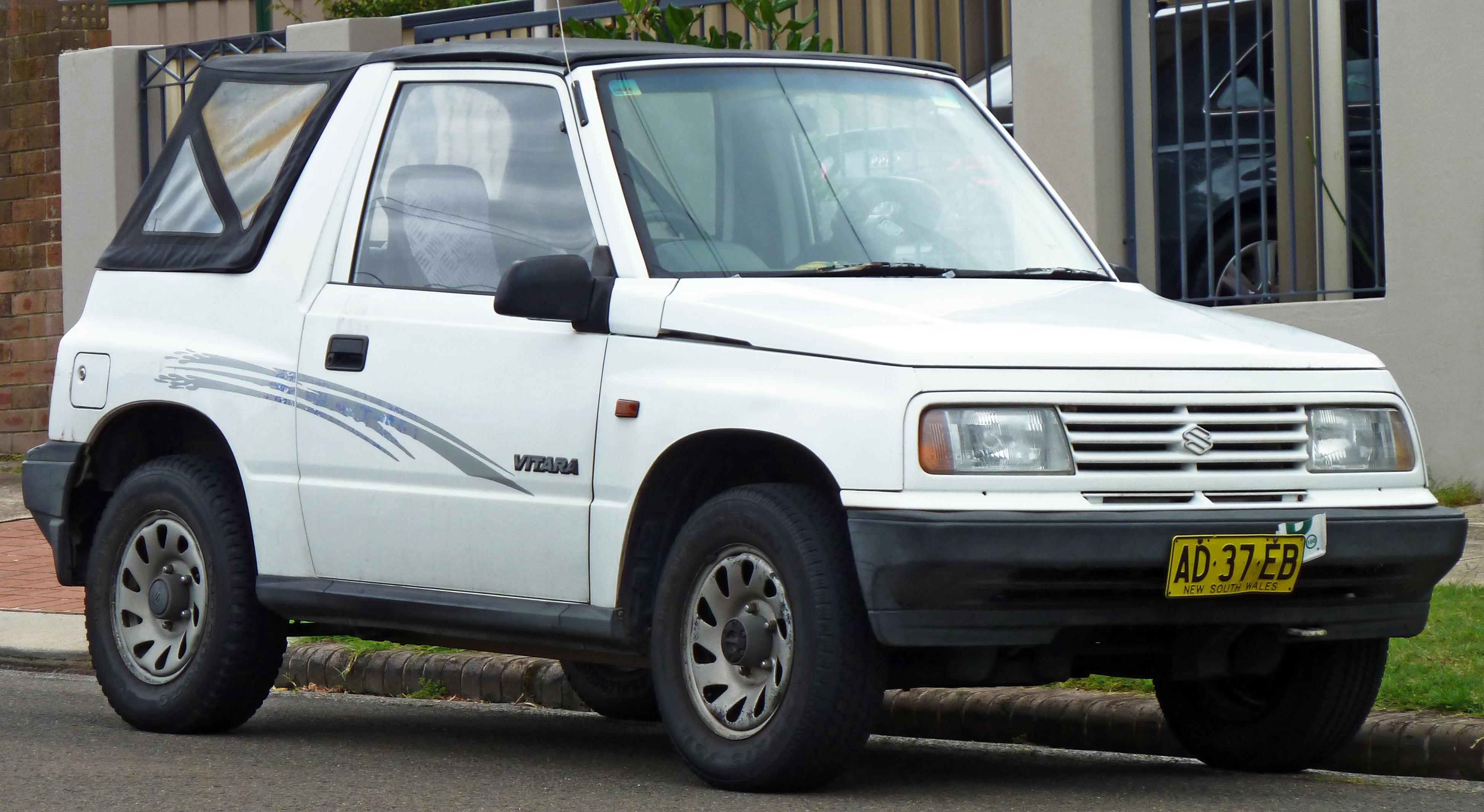 Mazda Proceed Levante II 1997 - 2001 SUV 3 door #5