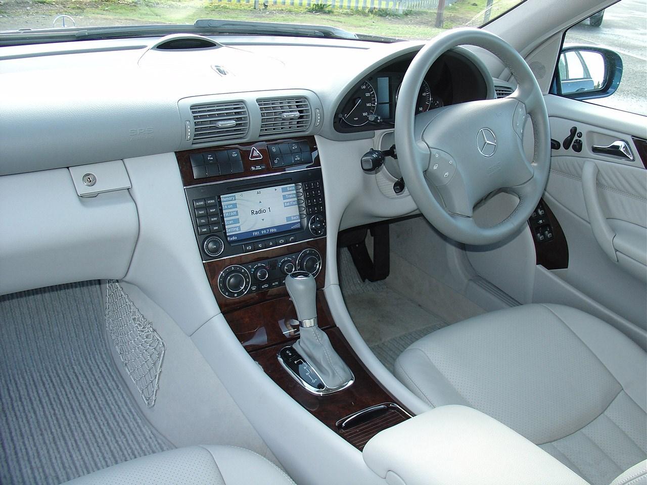 Mercedes-Benz C-klasse II (W203) 2000 - 2004 Hatchback 3 door #4