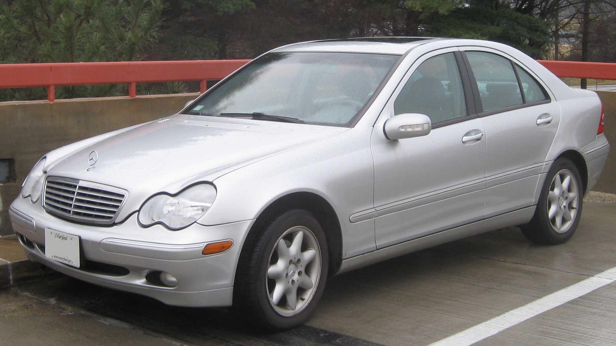 Mercedes-Benz C-klasse II (W203) 2000 - 2004 Station wagon 5 door #1
