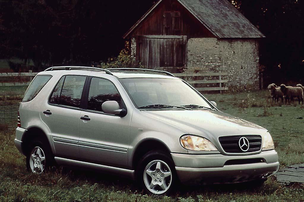 Mercedes-Benz M-klasse AMG I (W163) 2000 - 2001 SUV 5 door #1