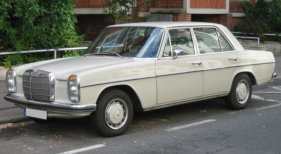 Mercedes-Benz W114 1967 - 1977 Coupe #8