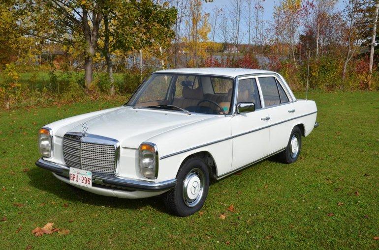 Mercedes-Benz W115 1968 - 1976 Sedan #7