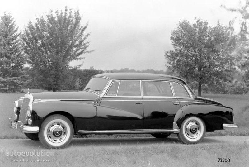 Mercedes-Benz W186 1951 - 1957 Sedan #1