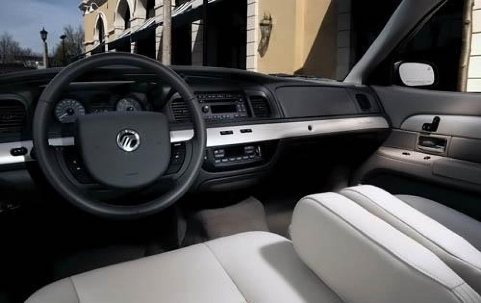 Mercury Grand Marquis IV Restyling 2005 - 2011 Sedan #6