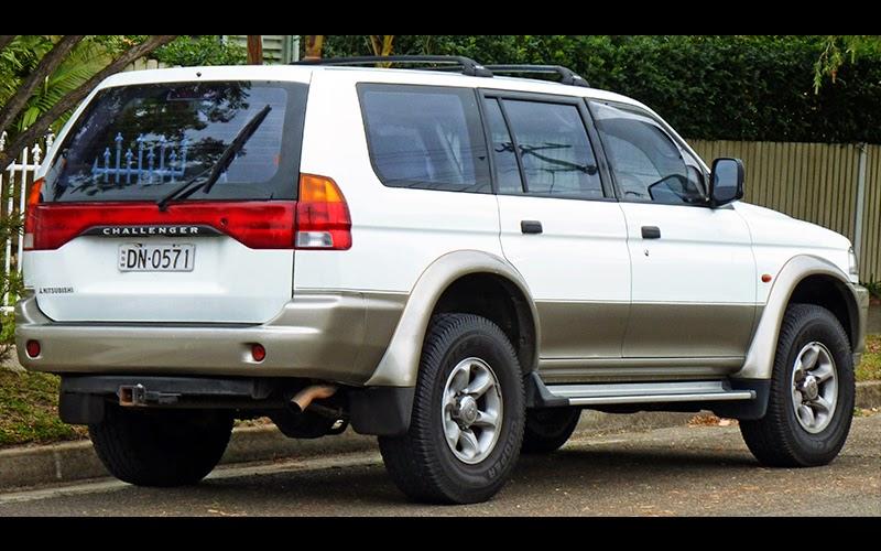 Mitsubishi Challenger I 1996 - 1999 SUV 5 door #3