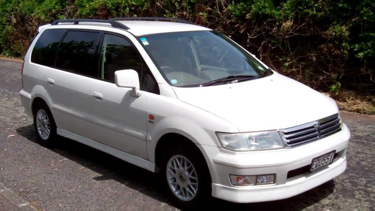 Mitsubishi Chariot III 1997 - 2003 Compact MPV #7