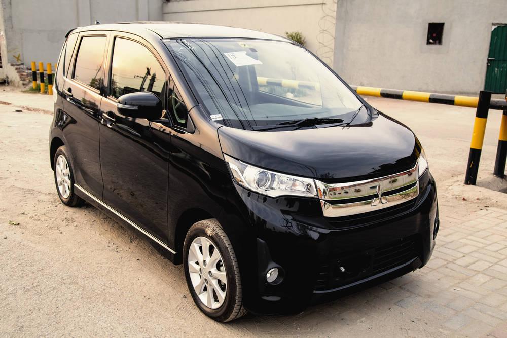 Mitsubishi eK Custom I 2013 - 2015 Hatchback 5 door #2