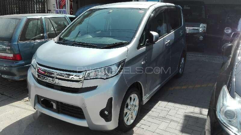 Mitsubishi eK Custom I 2013 - 2015 Hatchback 5 door #1