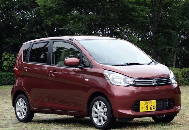 Mitsubishi eK Space I Restyling 2016 - now Hatchback 5 door #1