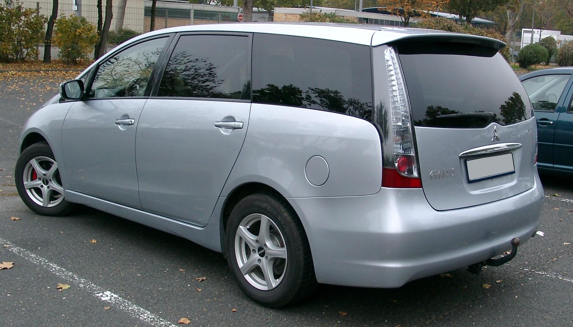Mitsubishi Grandis 2003 - 2011 Minivan #3