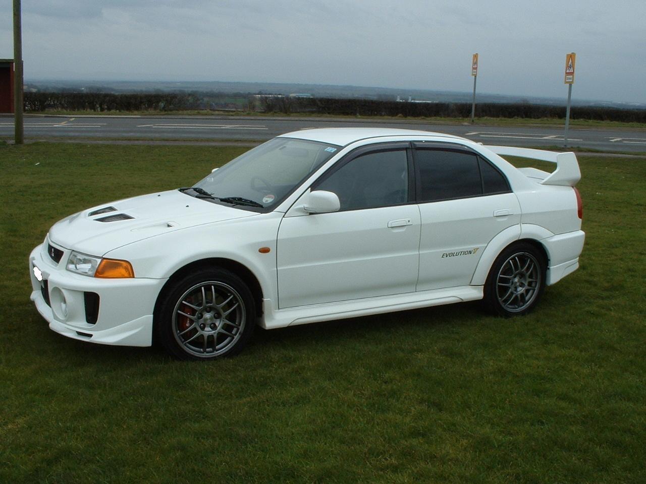 Mitsubishi Lancer Evolution IV 1996 - 1998 Sedan #6