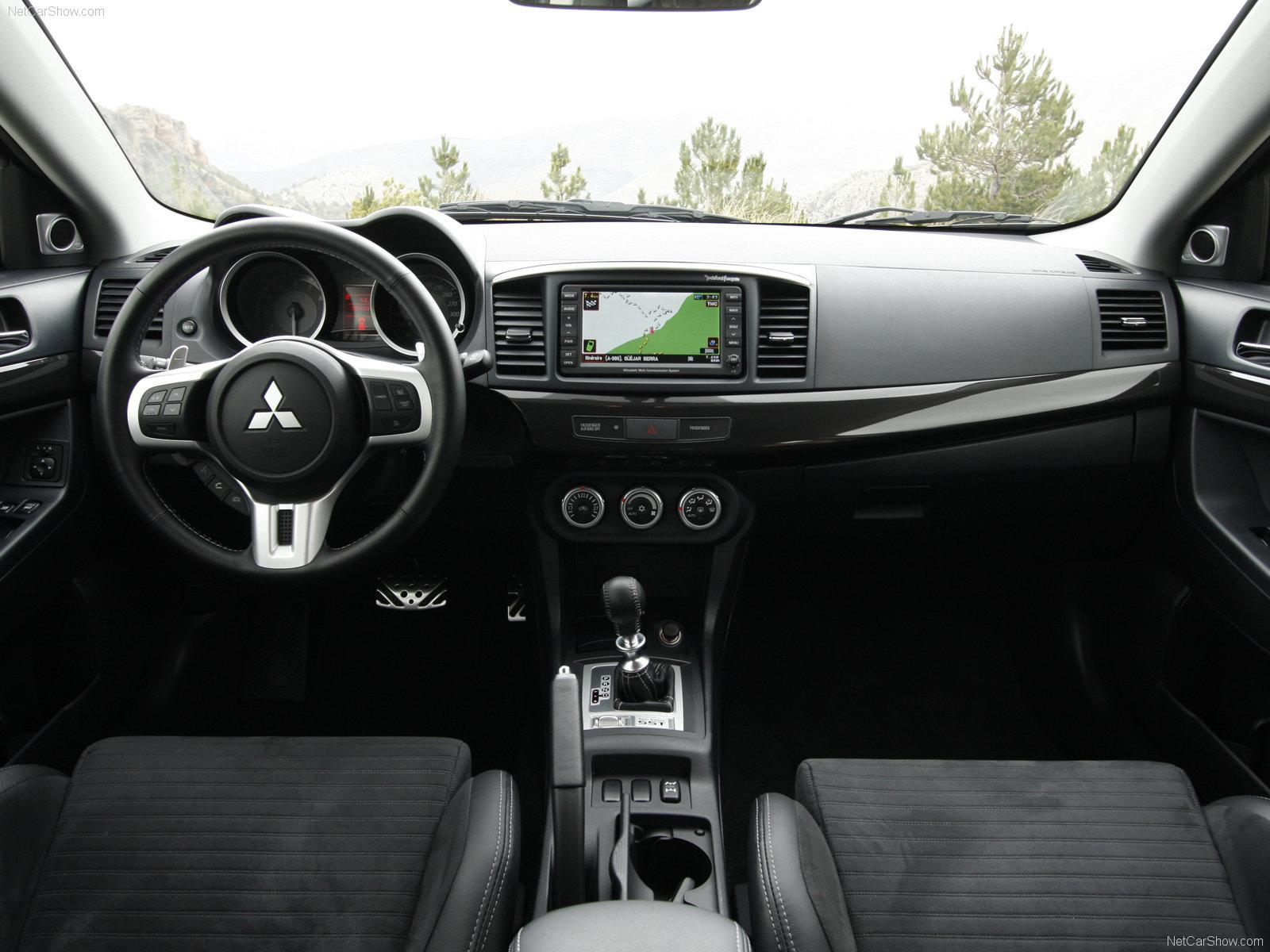 Mitsubishi Lancer Evolution X 2007 - 2016 Sedan #5