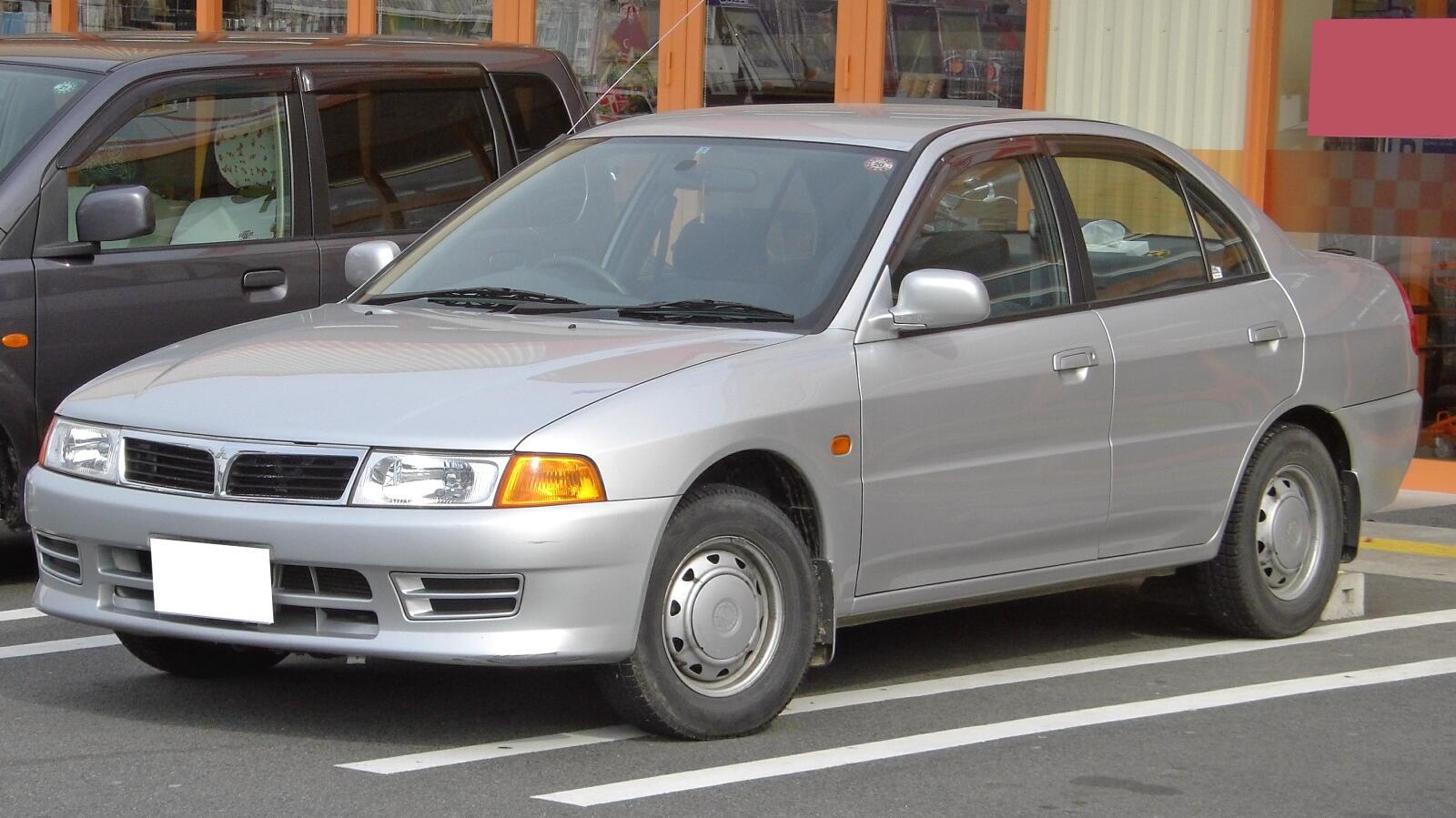 Mitsubishi Libero I 1992 - 1995 Station wagon 5 door #1