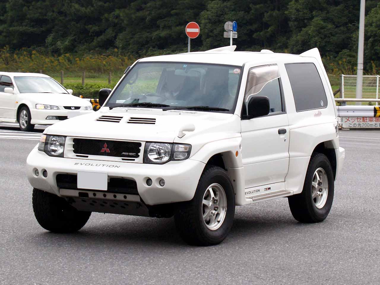 Mitsubishi Pajero Mini I 1994 - 1998 SUV 3 door #3