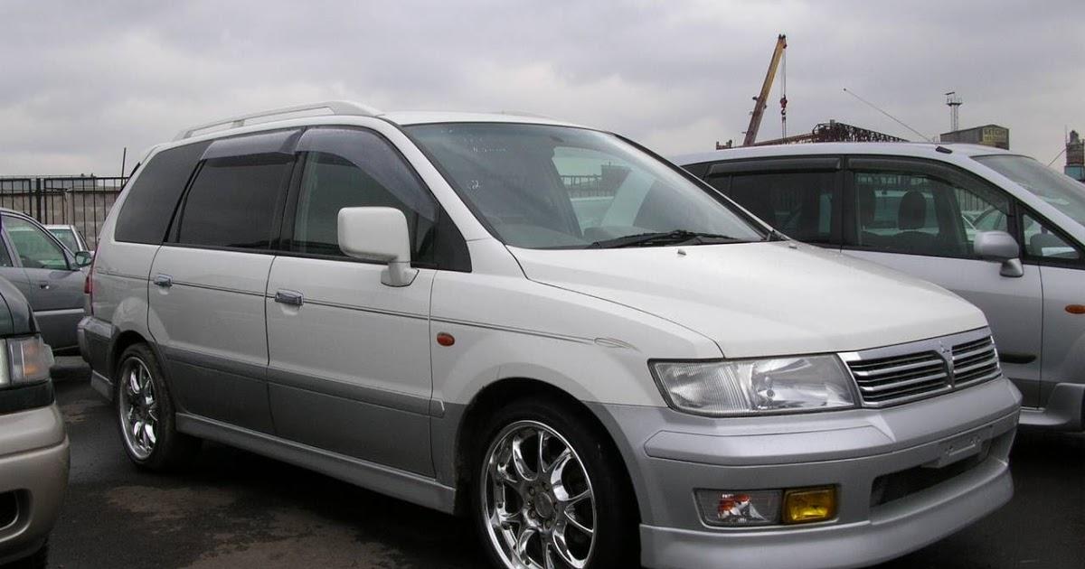 Mitsubishi Savrin I 2001 - 2014 Minivan #4
