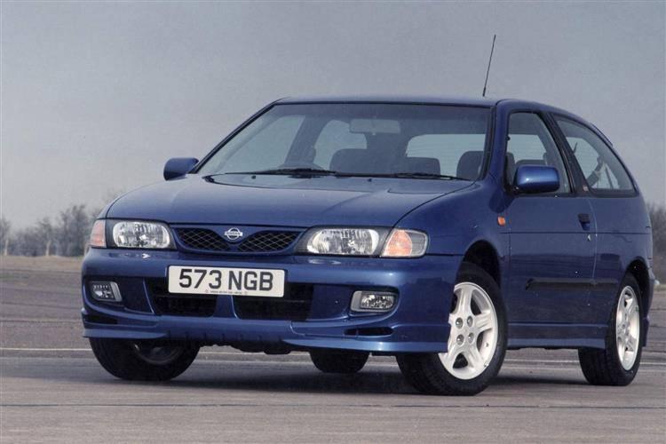 Nissan Almera I (N15) 1995 - 2000 Sedan #5
