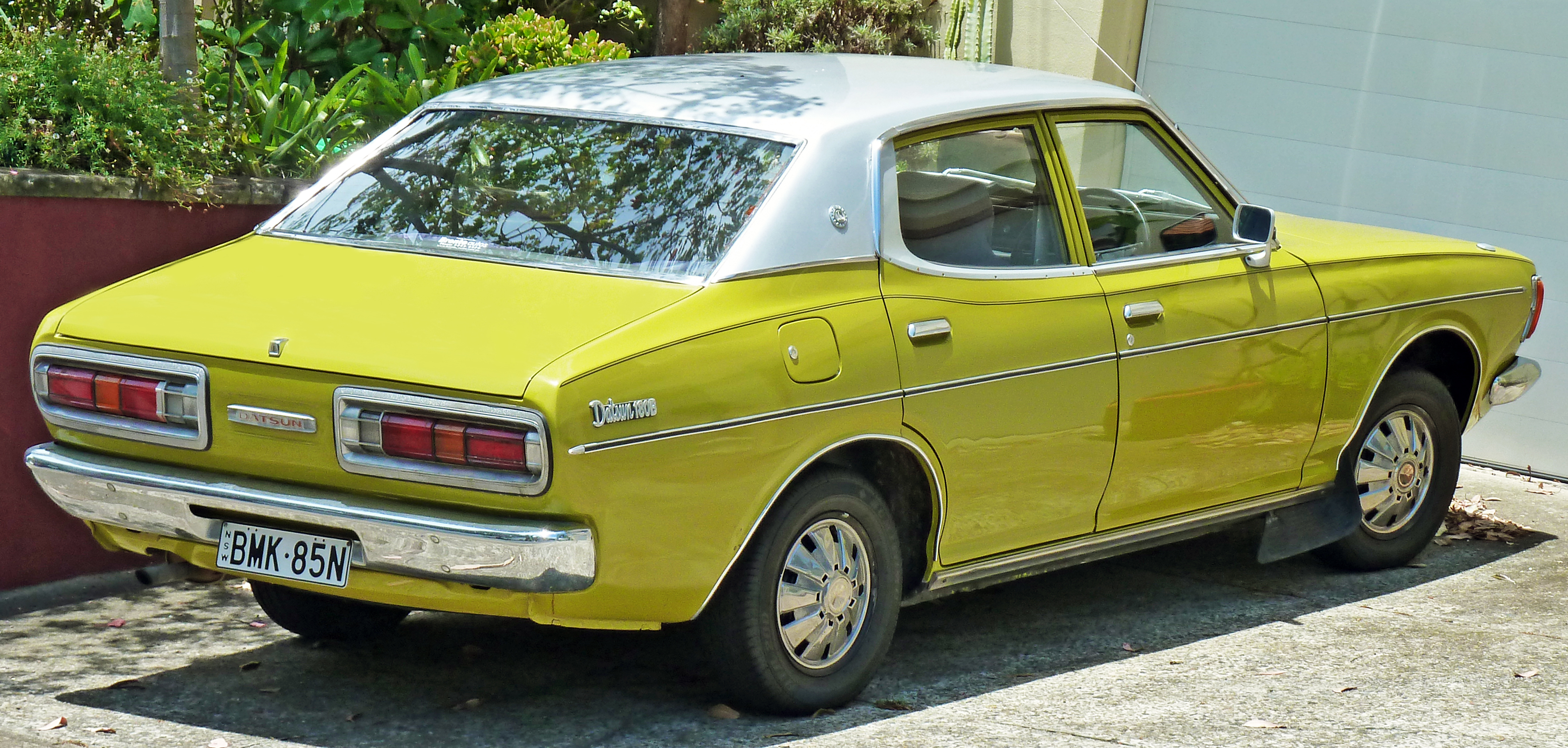 Nissan Bluebird IV (610) 1971 - 1976 Sedan #3