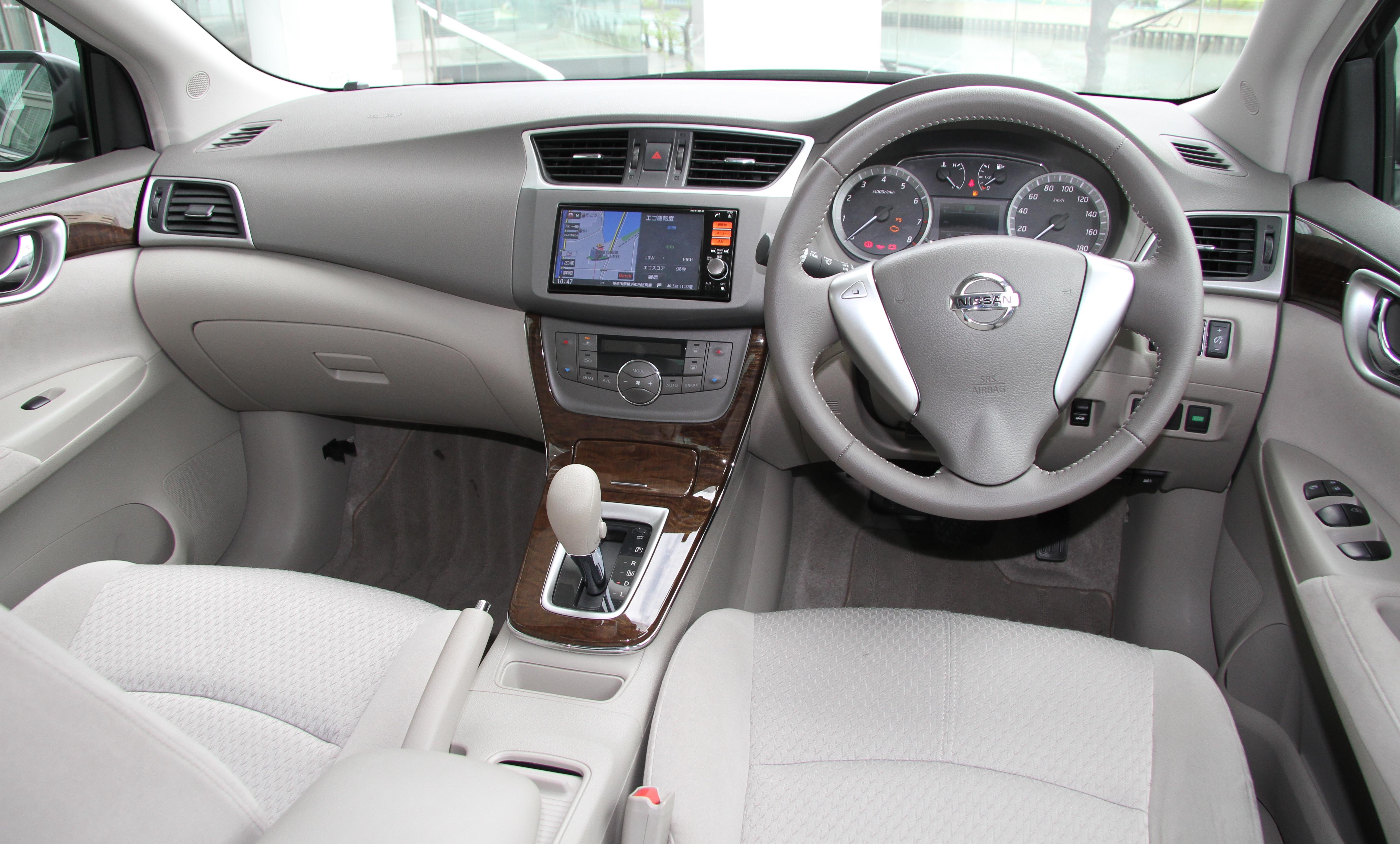 Nissan Bluebird Sylphy III (B17) 2012 - now Sedan #5