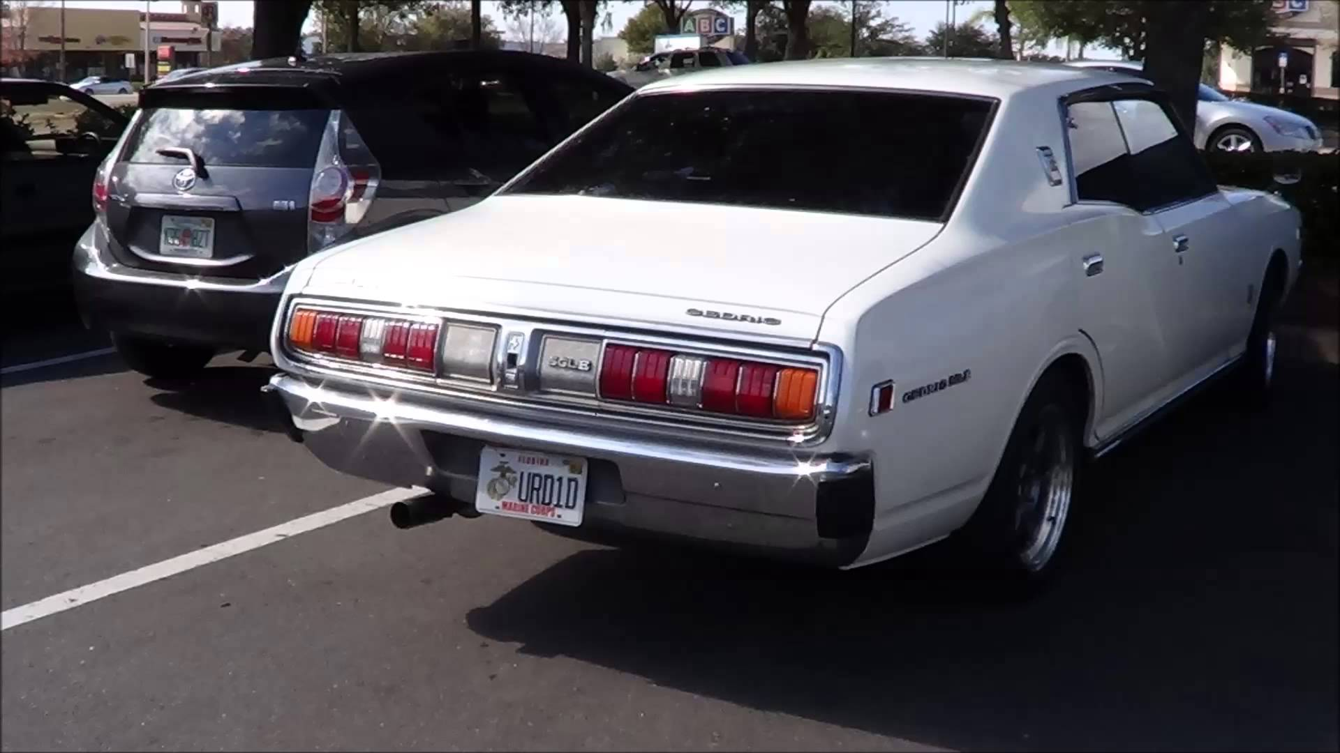 Nissan Cedric III (230) 1971 - 1975 Sedan #3