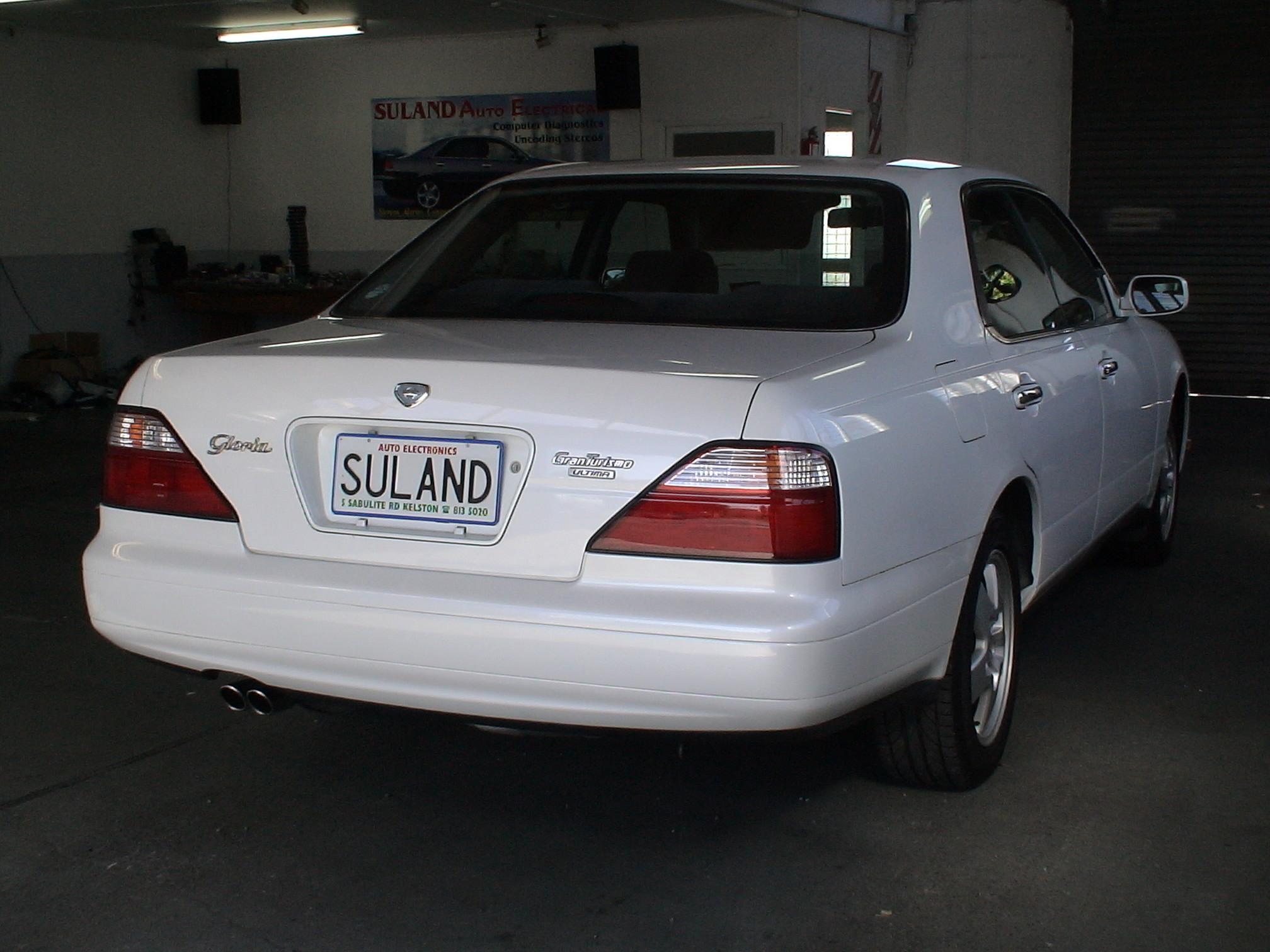 Nissan Gloria X (Y33) 1995 - 1999 Sedan #5