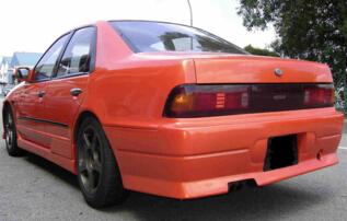 Nissan Cefiro I (A31) 1988 - 1994 Sedan #1