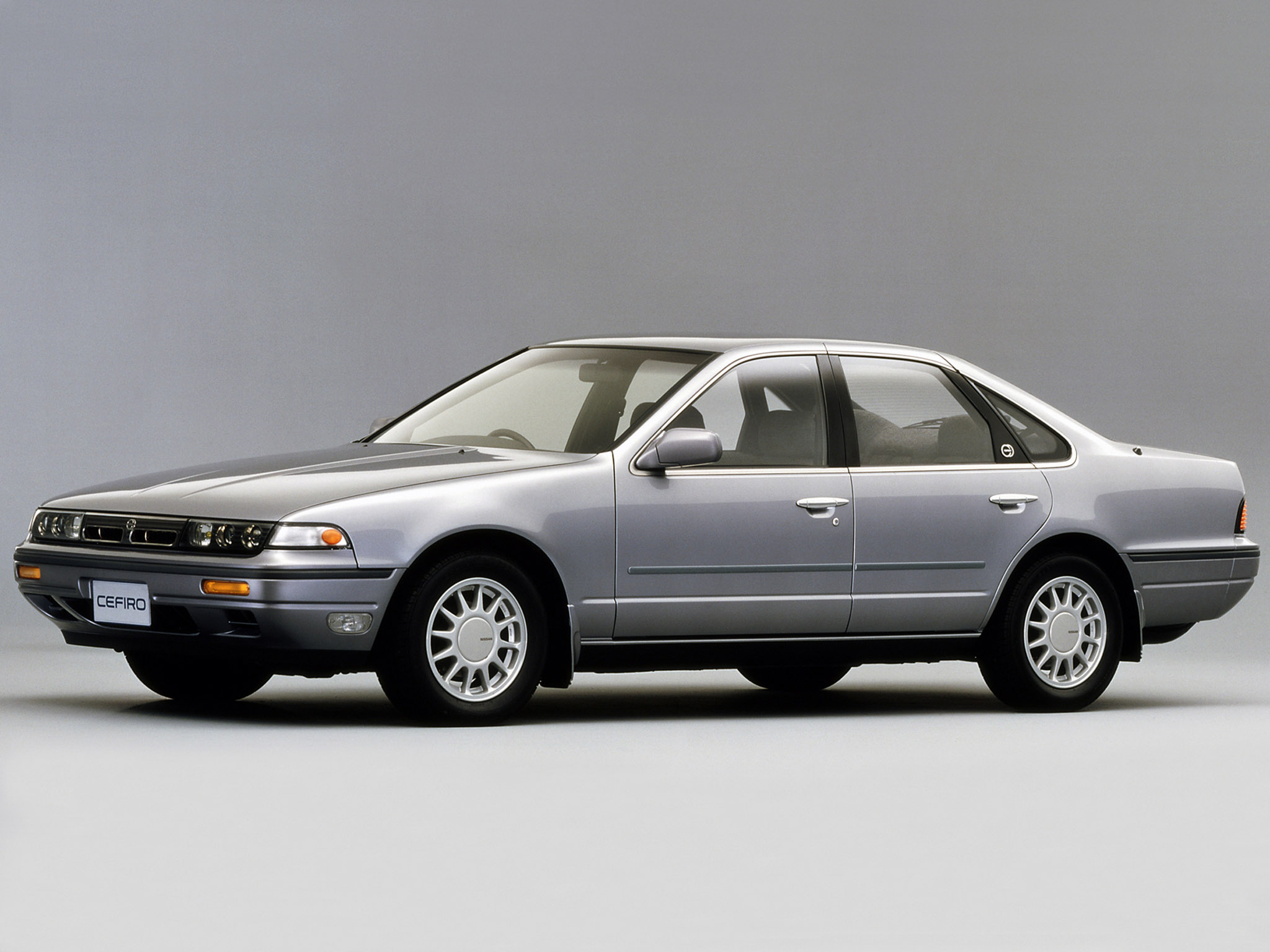 Nissan Cefiro I (A31) 1988 - 1994 Sedan #4