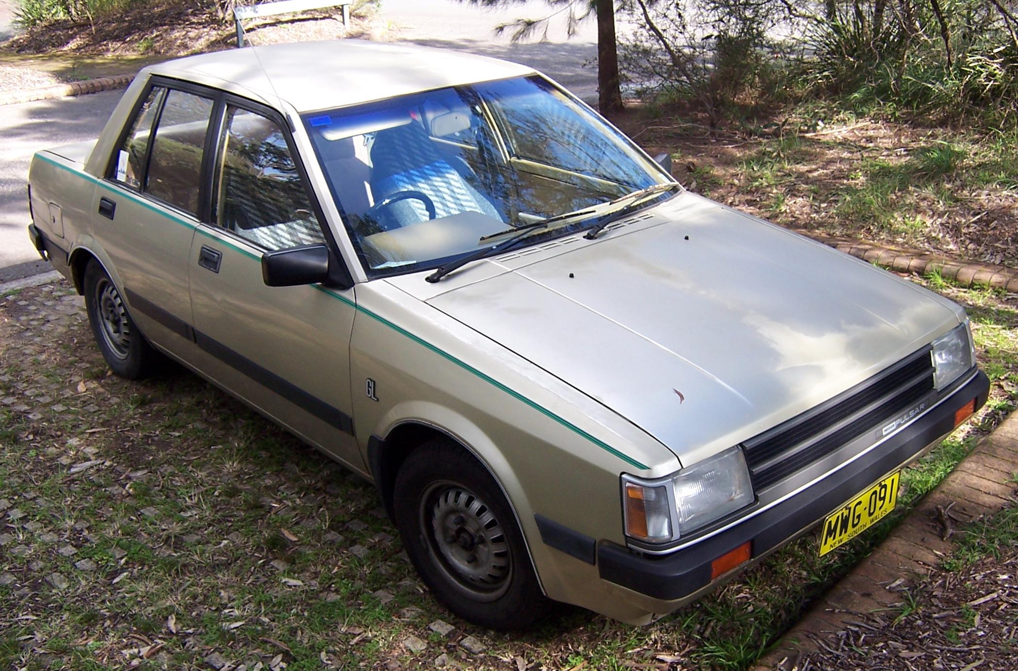 Nissan Cherry IV (N12) 1982 - 1986 Sedan #5