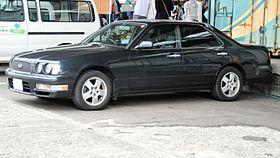 Nissan Gloria X (Y33) 1995 - 1999 Sedan #2