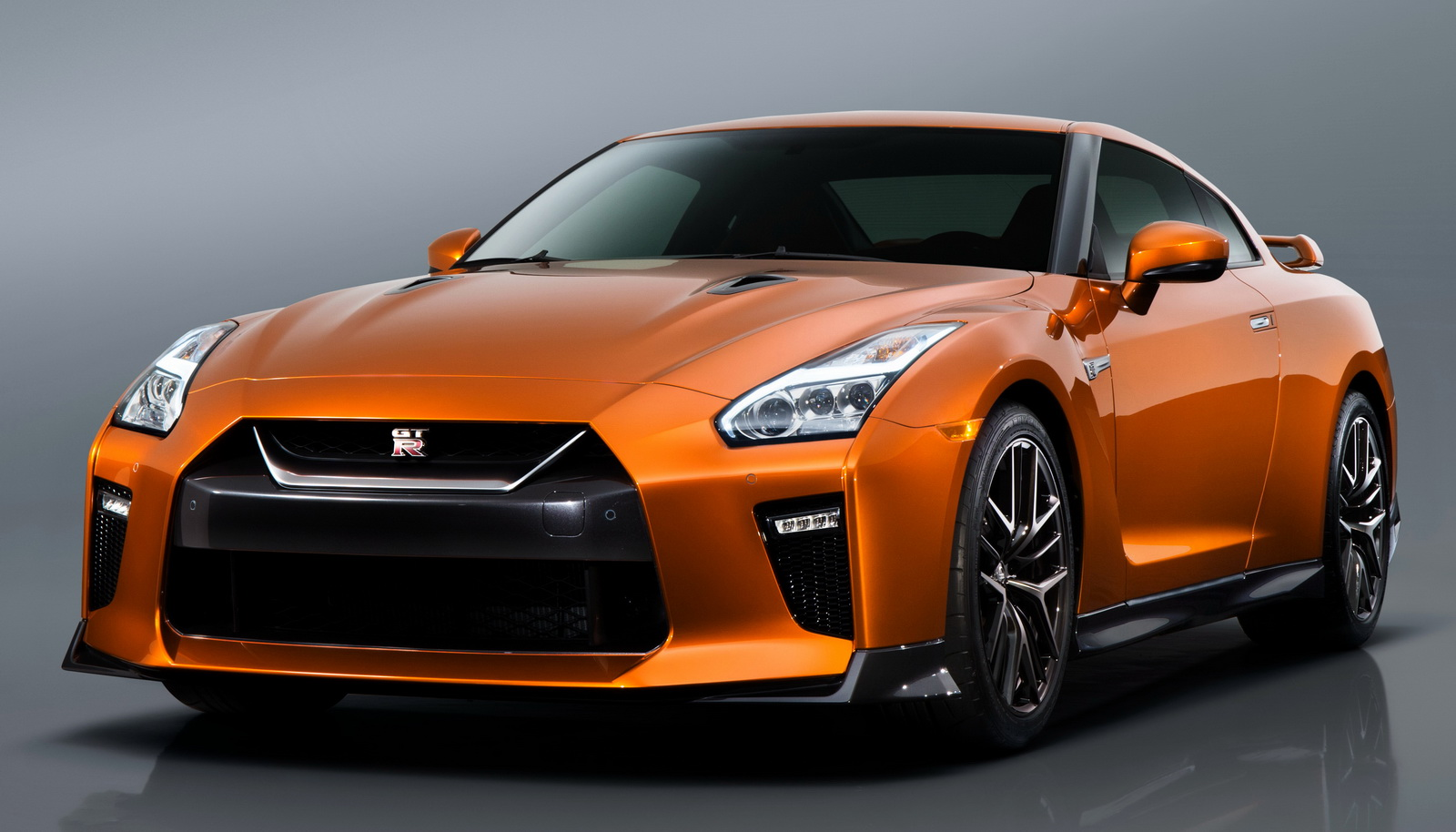 Nissan GT-R I Restyling 3 2016 - now Coupe #8