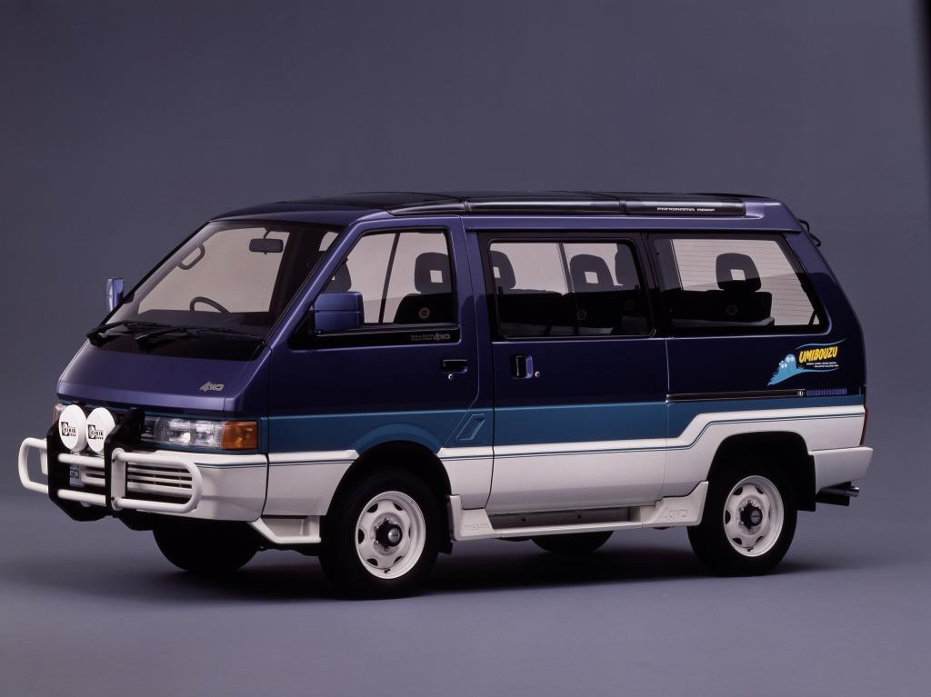 Nissan Largo II (GC22) 1986 - 1993 Minivan #4