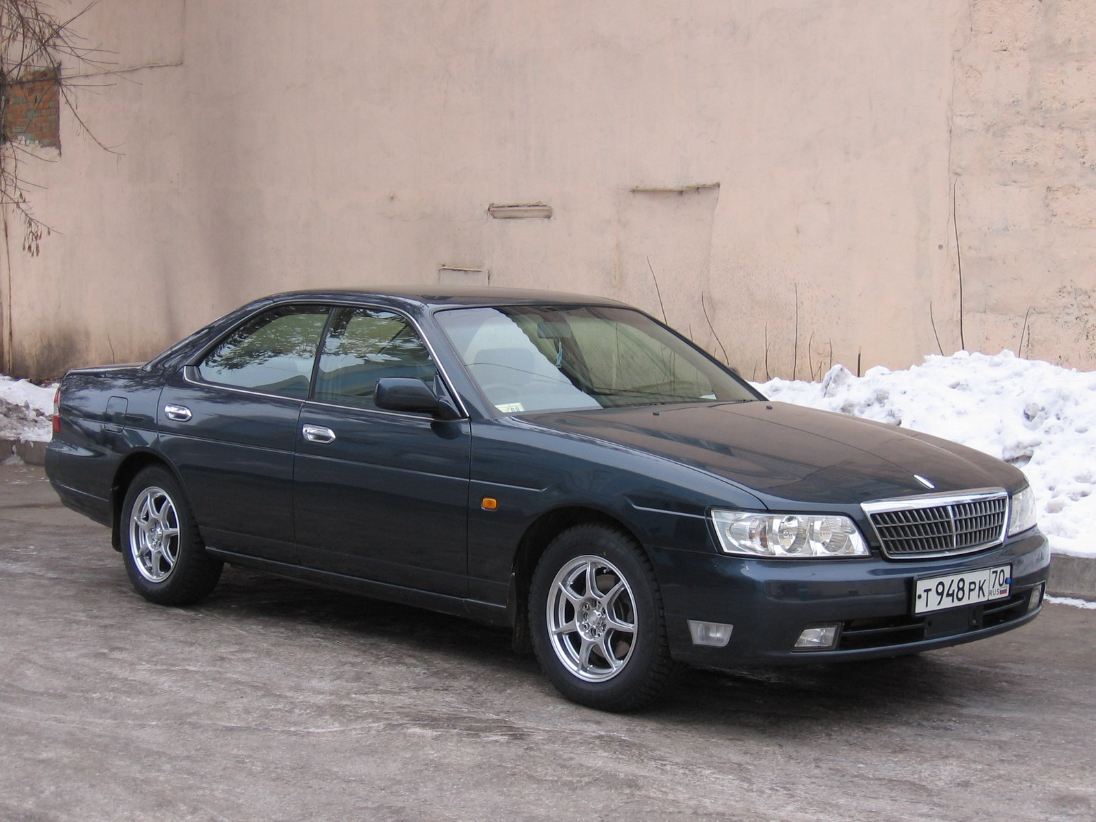 Nissan Laurel VIII (C35) 1997 - 2002 Sedan #5