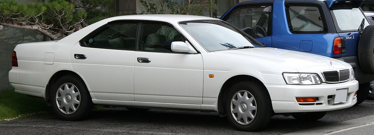 Nissan Laurel VIII (C35) 1997 - 2002 Sedan #8
