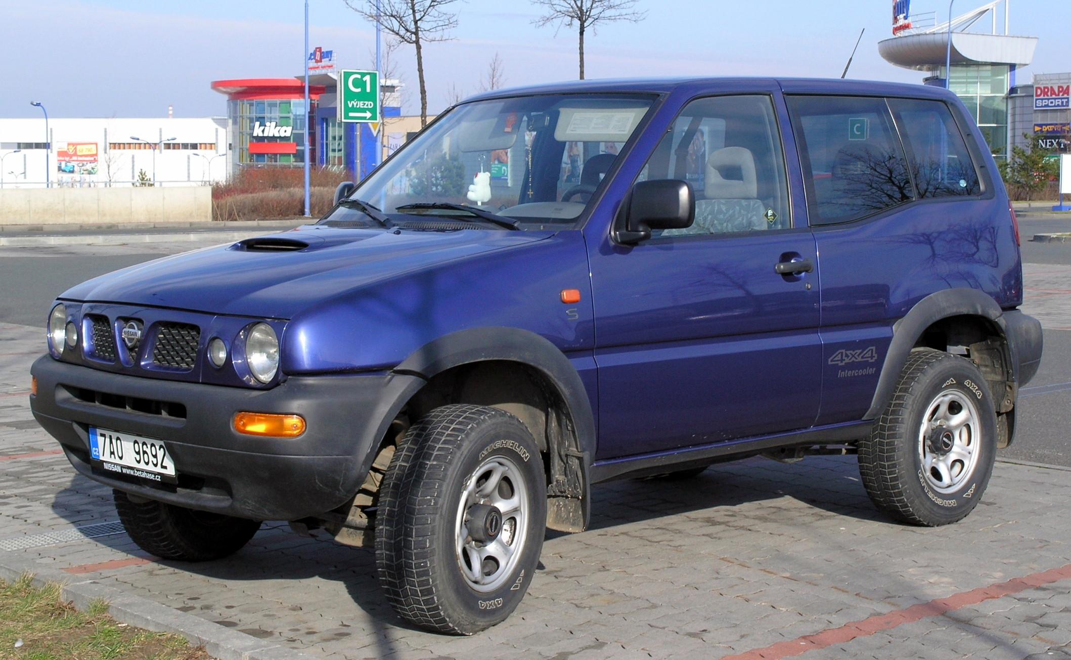 Nissan Mistral 1993 - 1999 SUV 3 door #7