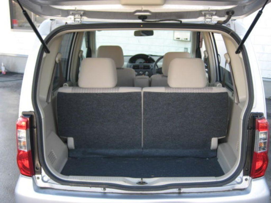 Nissan Otti I (H91) 2005 - 2006 Hatchback 5 door #5